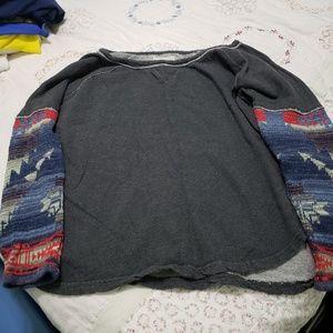 Ladies sweatshirt with Aztec sleeves